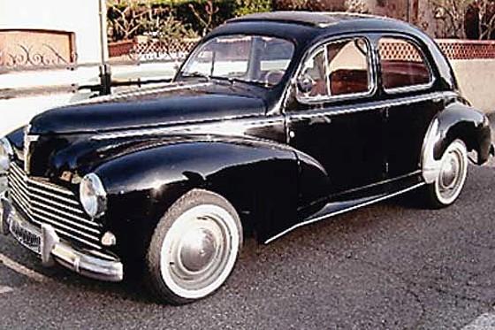 ancienne voiture avec les meilleures collections d 39 images. Black Bedroom Furniture Sets. Home Design Ideas
