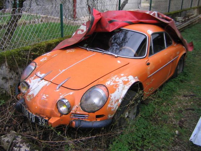 voiture ancienne a restaurer